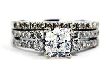 Unique Cushion Cut Engagement Ring Set