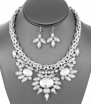 Crystal Bib Collar Color: Clear Material Rhodium Plating Description 2 1/2 inch wide. Crystal.