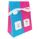 Bow Or Bowtie? Favor Bags with Ribbon