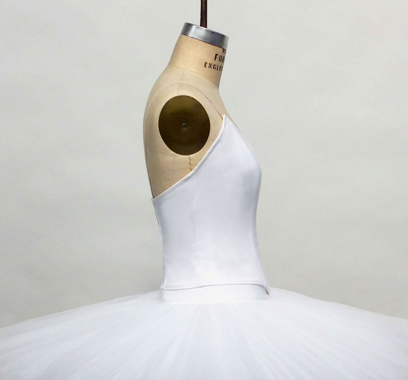 Conservatory C500 bodice side view