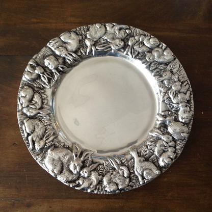 Round Rabbit Tray