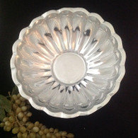 Scalloped Salad Bowl