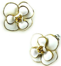 Stainless Steel Fashion Flower Stud Earrings