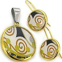 Ladies Stainless Steel Pendant & Earring Set