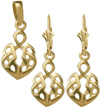 10 Karat Yellow Gold Celtic Pendant & Earring Set
