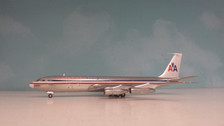AV27071111AP Aviation 200 1:200 Boeing 707-300 American Airlines Freighter N7555A (polished)
