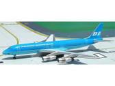 ACN821E | Aero Classics 1:400 | Douglas DC-8-51 Braniff 'Blue Flying Colours' N821E