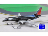 BBN334SW Blue Box 1:400 Boeing 737-300 Southwest 'Shamu' N334SW (new colours)