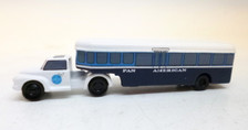 SCA017 | Sky Classics Airport Vehicles 1:200 | Bedford J5 Articulated Bus Pan American