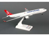 SKR743 Skymarks Models 1:200 Airbus A330-200 Turkish Airlines (with gear)