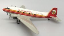 SW139 | Small World 1:200 | Douglas DC-3 Air Guadeloupe F-OGFJ
