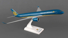 SKR830 | Skymarks Models 1:200 | Airbus A350-900 Vietnam Airlines | is due: September - December 2015