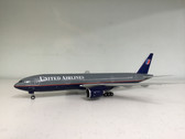 XX2958 | JC Wings 1:200 | Boeing 777-200 United N777UA (with stand)