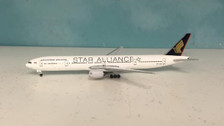 A59VSYE | Aero 500 1:500 | Boeing 777-300 Singapore Airlines 9V-SYE (Star Alliance) | is due: February 2016