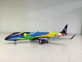 557771   Herpa Wings 1:200   Embraer E-195 Azul PR-AXH, 'Verao Azul' (plastic)