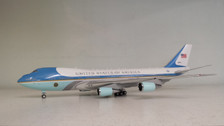 AF1VC-25AP | Air Force 1 1:200 | VC-25A US Air Force One 28000 (polished, with stand, IF200 tooling)