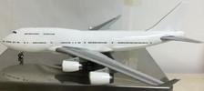 JC2950   JC Wings 1:200   Boeing 747-400 Blank RR engines   Is due: June 2016
