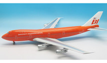 IF741BRN0816 | InFlight200 1:200 | Boeing 747-100 Braniff International N601BN (with stand)
