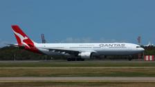 PH04115 | Phoenix 1:400 | Airbus A330-300 Qantas VH-QPJ