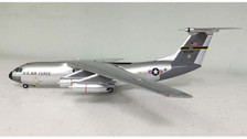 SW158 | Small World 1:200 | C-141A Starlifter USAF 90144 (silver)