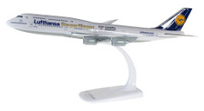 611428 | Herpa Snap-Fit (Wooster) 1:250 | Lufthansa Boeing 747-8 Intercontinental D-ABYK 'Siegerflieger Olympia Rio 2016' | is due: March / April 2017