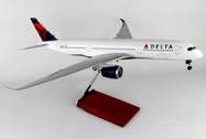 SKR8803 | Skymarks Models 1:100 | Airbus A350-900 Delta | is due: March 2017