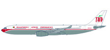 611701 | Herpa Snap-Fit (Wooster) 1:200 | Airbus A330-300 TAP Portugal CS-TOV 'Retro Jet' | is due: September/ October 2017
