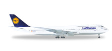 516068-005 | Herpa Wings 1:500 | Boeing 747-8 Lufthansa | is due: January / February 2018
