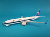 IF73MAXCZ001 | InFlight 1:200 | Boeing 737 MAX 8 China Southern B-1206 (with stand)
