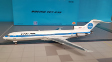 IF7221117P | InFlight200 1:200 | Boeing 727-200 Pan Am N4745 (with stand)