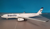IF332IR002 | InFlight200 1:200 | Airbus A330-200 Iran Air EP-IJB (with stand)