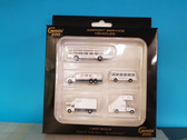 G2AAL721   Gemini200 1:200   Airport Accessories - American Airlines Ground Equipment Set