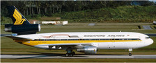 EW4D13001 | JC Wings 1:400 | DC-10-30 Singapore Airlines 9V-SDA 'California Here We Come' | is due: April 2018