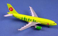 AC19212 | Aero Classics 1:400 | Airbus A310-300 S7 Airlines VP-BTK