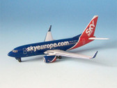 IF5737007 Inflight 1:500 Boeing 737-700 Sky Europe OM-NGK