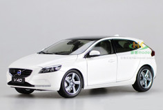 1/18 Dealer Edition Volvo V40 (White)