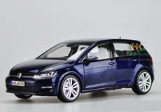 1/18 Dealer Edition Volkswagen VW Golf VII 7 (Dark Blue)