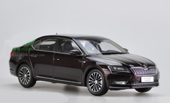 1/18 Dealer Edition Skoda Superb (Dark Red)