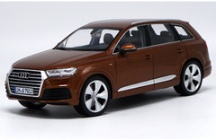 1/18 Minichamps Audi Q7 (Brown)