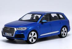 1/18 Minichamps Audi Q7 (Blue)