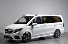 1/18 Dealer Edition Mercedes-Benz V-Class V-Klasse Viano (White)