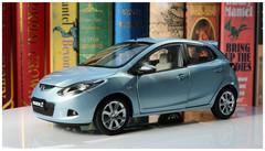 1/18 Dealer Edition Mazda 2 Hatchback (Silver Blue)