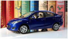 1/18 Dealer Edition Mazda 2 Sedan (Blue)