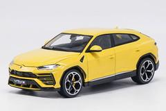 1/18 Bburago Lamborghini Urus (Yellow)