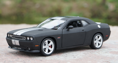 1/24 Welly FX Dodge Challenger (Matte Black)