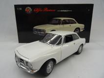 1/18 AUTOart Alfa Romeo 1750 GTV (White)