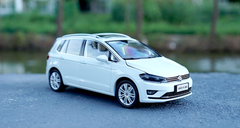1/18 Dealer Edition 2018 Volkswagen VW Sportsvan (White)