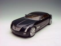 1/18 Cadillac Sixteen 16