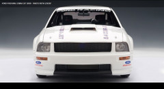 1/18 AUTOart Ford Mustang Cobra 2009 White with Livery