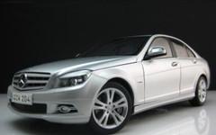 1/18 Mercedes-Benz C-Class (Silver)